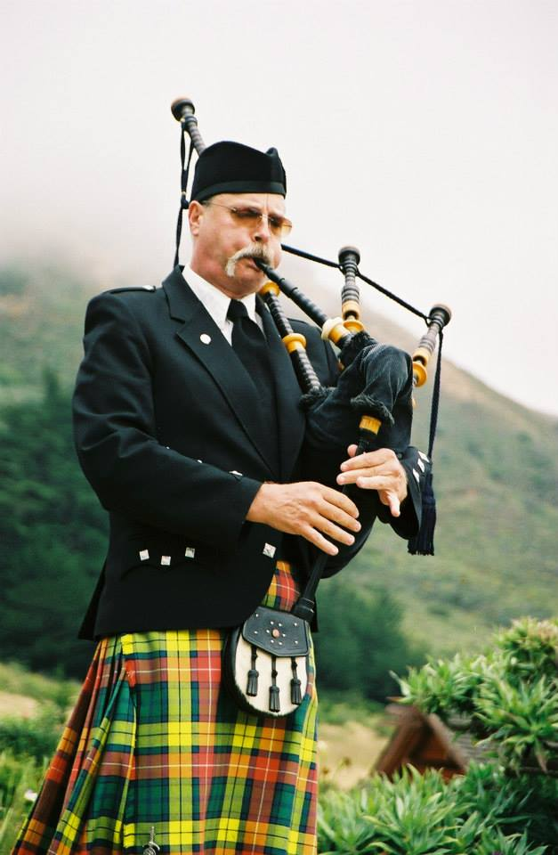 Scottish & Irish Bagpipe Player in California | Fred Payne Champion